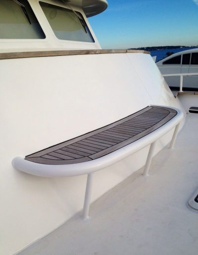 Ultimate-Yacht-Refinishing-Repairing-09