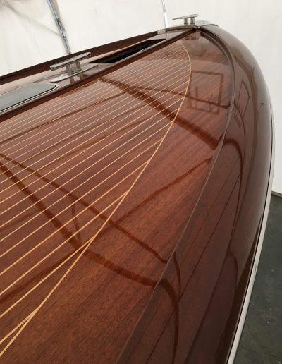 Ultimate-Yacht-Refinishing-Varnishing-039