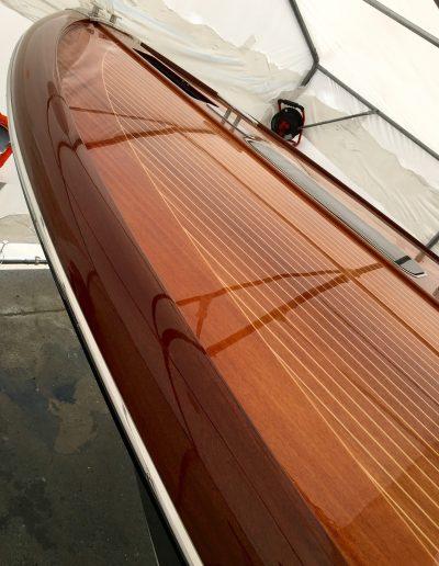 Ultimate-Yacht-Refinishing-Varnishing-042