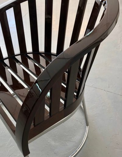 Ultimate-Yacht-Refinishing-Varnishing-Chair-Stain